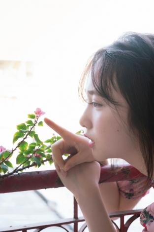 【朗報】AKB48高橋朱里、初写真集7/24発売決定!人生初のランジェリー撮影も