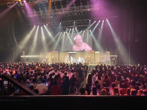 【NMB48】梅山恋和さん、ソロコンでアリーナ席の1/3を女性で埋めてしまう