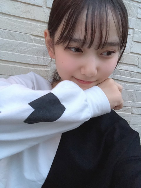 【NMB48】瓶野神音ちゃん(13歳)、キャプテンの小嶋花梨をうっかり呼び捨てしてしまうwww