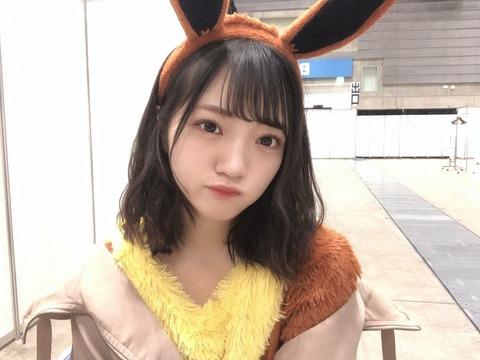 【画像】握手会に可愛すぎるイーブイが襲来!!!【NMB48・小林莉奈】