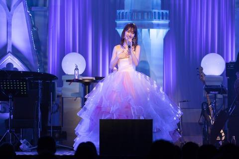 【悲報】AKB48柏木由紀さん「宅配便の出し方が難しくて…」ヤフコメでフルボッコw「三十路にもなって常識ないの?」「いい歳して恥ずかしい」