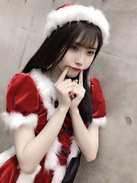 【朗報】SKE48谷真理佳の黒髪サンタ姿に「なんだこの美少女は」「めっちゃ可愛いな」絶賛の声多数!!!