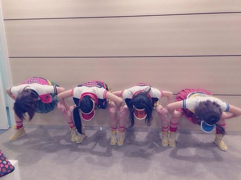 【AKB48】みゃお、きたりえ、はるきゃん、岩のこのポーズ何?【宮崎美穂・北原里英・石田晴香・内田眞由美】