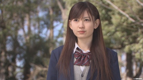 【AKB48】小嶋陽菜が10歳若返る代わりに伊豆田莉奈が10歳老けるボタン押す?