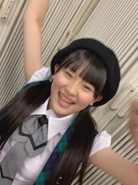 【朗報】HKT48の石橋颯さん(14歳)、膨らみが確認される