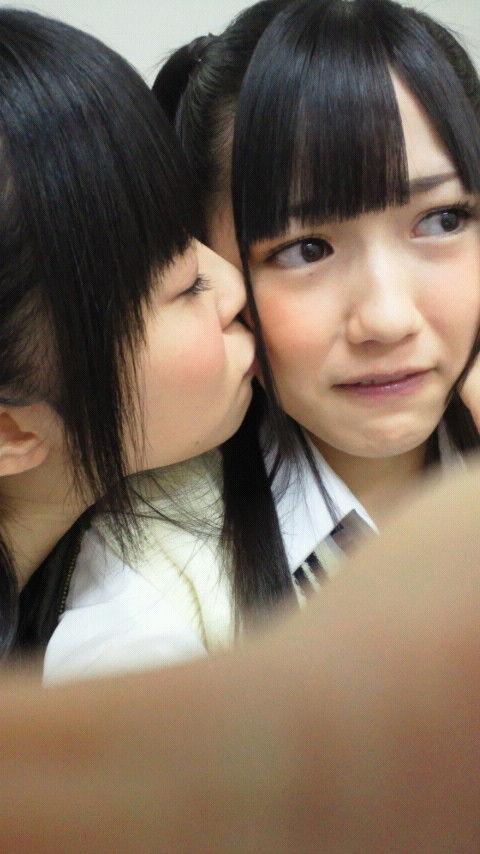 【AKB48G】メンバー同士のレズキス写真で喜ん奴www