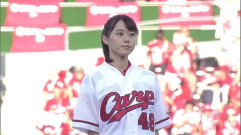 【STU48】瀧野由美子のパンチラ始球式キタ━━━(゚∀゚)━━━!!