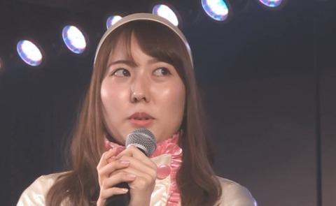 【悲報】元AKB48佐伯美香「チーム8コンサートの時、外で草加せんべい配ってたんですけど、誰も気づかなくて。」