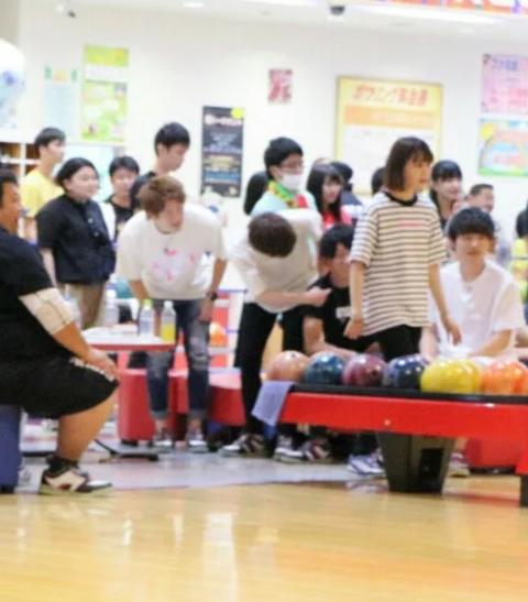 【悲報】何故かNGT48のSHOWROOMで「ボーリング」がNGワードになってしまうwwwwww