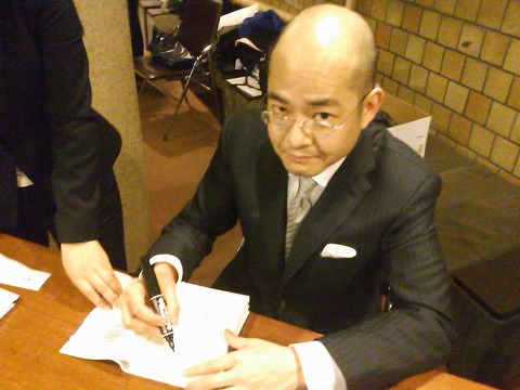 YouTube解説者の岩崎夏海さんがTwitterでオタに反論