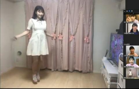 【大朗報】AKB48鈴木優香さん、ノーブラで縄跳び配信してしまうwww