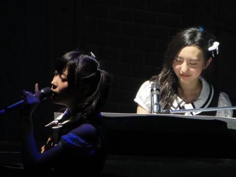 森保まどかと生田絵梨花、ピアノの家庭教師にするなら