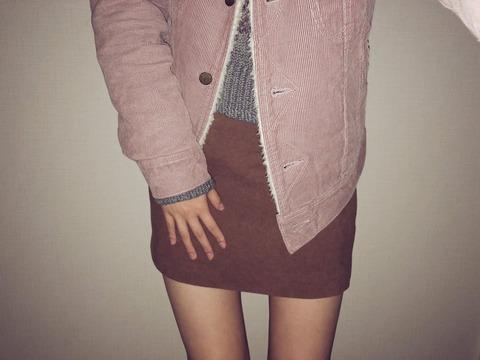 【AKB48】れなっち「ミニスカート生足で稽古場行ったら、