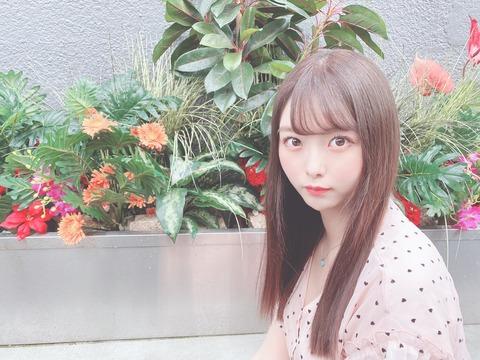 【悲報】AKB48達家真姫宝さん、加工ミスで顎がボコボコになる
