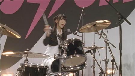 Yoshikiとゆきりんはどっちが優れたドラマーなの?【柏木由紀】
