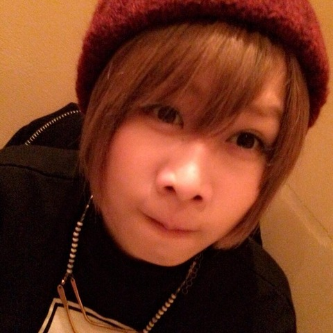 【悲報】AKB48大家志津香さん、おでんにお箸がついてこなかった