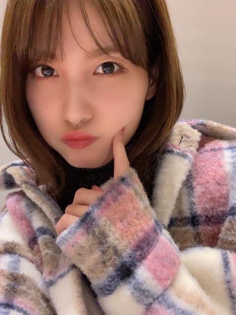 【AKB48】美形メンバー谷口めぐが雑誌「WHITEgraph」に登場!