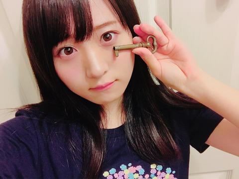 【AKB48】この一年間でチームB公演に2回しか出ていない坂口渚沙さんが、なぜかチーム8公演の裏でHKT&チームB公演に借り出される