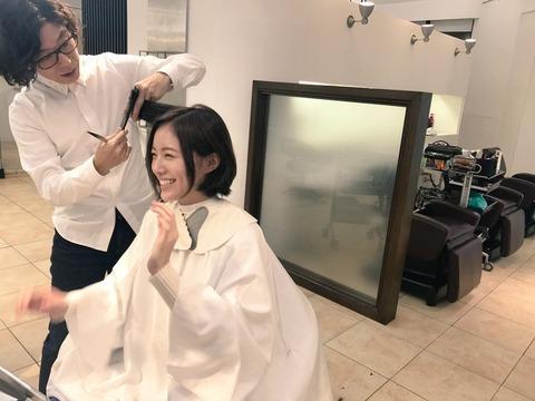 【SKE48】松井珠理奈って少し顔はデカいけど絶対に美人だと思うんだよ、なんでブス扱いされてんの?