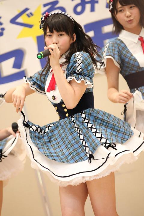 【AKB48】チーム8岡部麟ちゃんの太ももがたまらん!!!【画像あり】