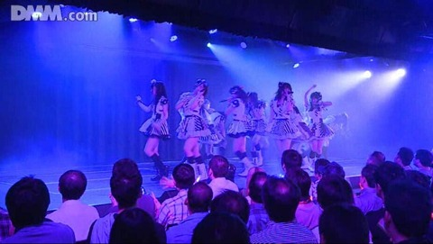 【AKB48G】40過ぎて劇場や握手に行く奴って・・・