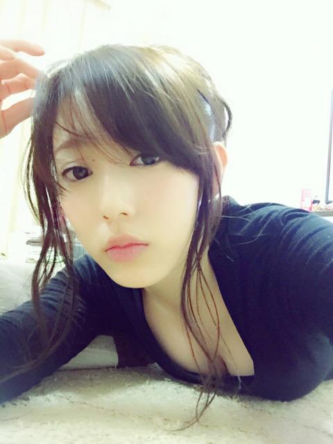 【NMB48】室加奈子のおっぱいアピールwww
