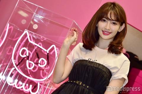 【AKB48】小嶋さんがプロデュースした「22;market」が大盛況のため入場制限に!ビルの最上階まで列【小嶋陽菜】