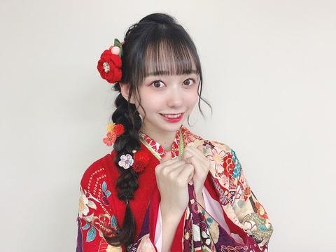 【悲報】成人式センターのAKB48大盛真歩さん、Twitterのいいね数でも支店に大惨敗・・・