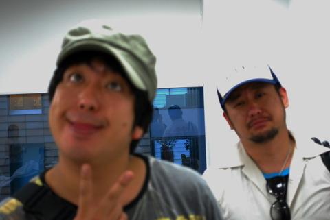 ケンコバと日村がNMB48と乃木坂46について語り合い号泣