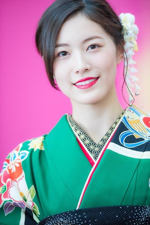 【SKE48】名古屋モーターショーの松井珠理奈が美人すぎてヤバいwwwwww