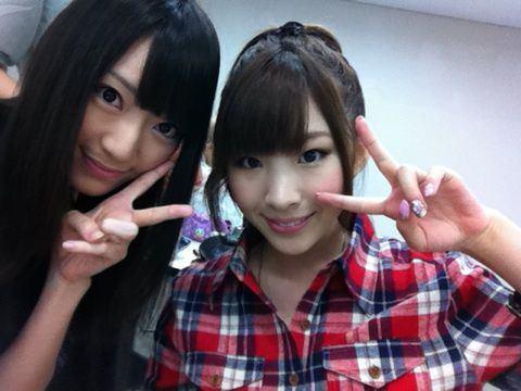 【AKB48】岩佐美咲△「私に松井咲子の卒業報告をする暇があるなら本人に応援メッセージ送れよ」