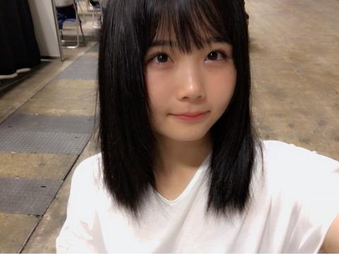 【朗報】HKT48秋吉優花「中1のときに買ったスクール水着しか持ってない」