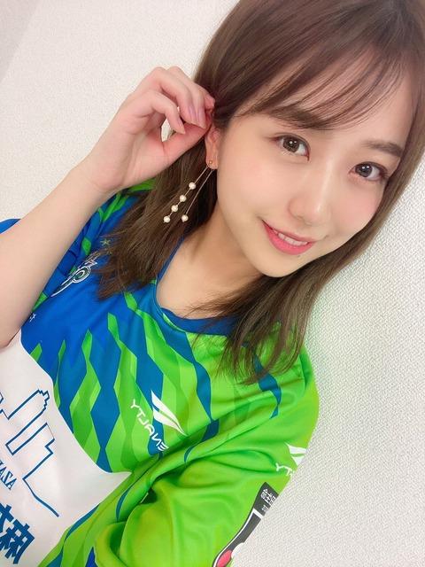 【朗報】AKB48篠崎彩奈が湘南ベルマーレのPR大使に就任!