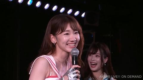 【AKB48】柏木由紀と横山由依はどんどん老けていってるのに、峯岸みなみと佐々木優佳里は全然老けないよな?