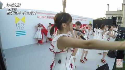 【NGT48】ライブ中のメンバーにセミがとまるwww【中村歩加】