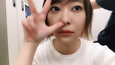 【新潮砲】休養「松井珠理奈」にとどめをさした「指原莉乃」の一言←めっちゃ気になるwww