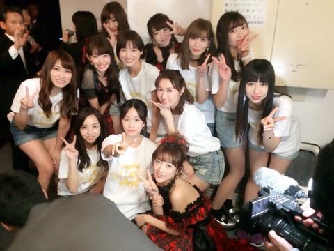 【AKB48】初期メンバー久々の集合写真キタ━(゚∀゚)━!!!