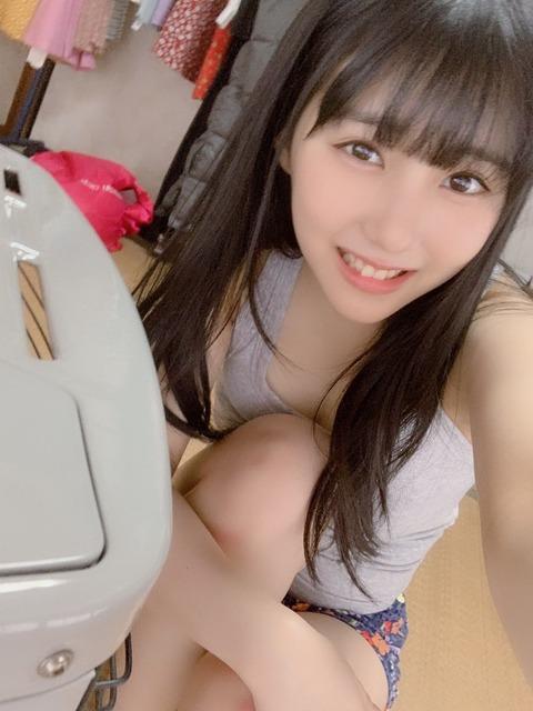【朗報】田中美久さん、矢作萌夏に対抗するようにおっ●い動画を載せる【みくりん】
