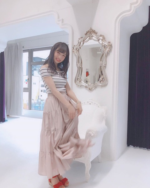 【AKB48】ゅぃゅぃのふくよかなお●ぱい(*´ω`*)【小栗有以】