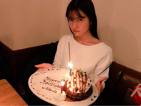 【悲報】AKB48阿部マリアさんの鼻がおかしなことになってるんだけど・・・