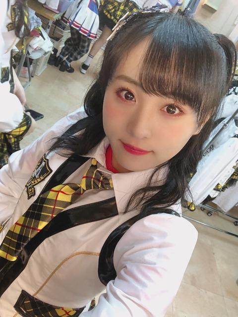 【AKB48】坂口渚沙ちゃんがニコニコしながらクソコメを公開処刑してしまうw