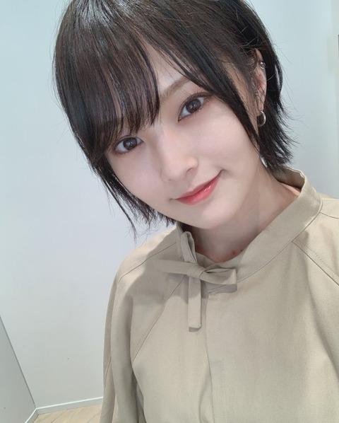 【朗報】山本彩さん、2016年以降にデビューした女性ソロアーティストのアルバムセールス第2位!