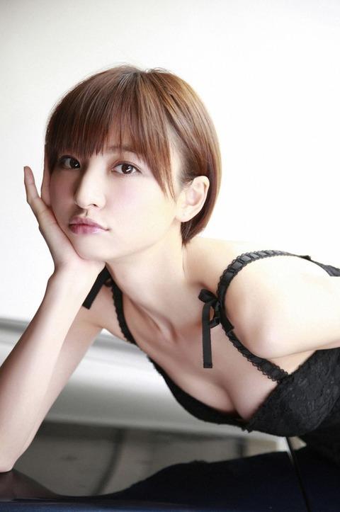 【アホスレ】篠田麻里子ってあまり可愛くないのになんで人気あったの?