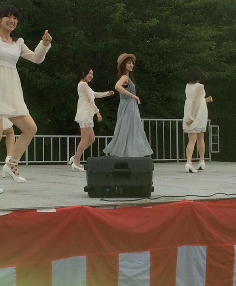 【AKB48】永尾まりやがバックダンサーを従えソロ楽曲初披露!