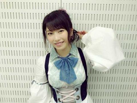 【AKB48】ゆいはん「私エゴサめっちゃするから推定Fカップとか言われてるの知ってんねんで」【横山由依】