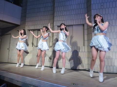 【HKT48】荒巻美咲ちゃんの透きとおるような色白ボディがたまらん