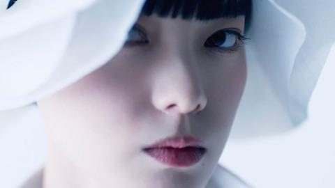 【元欅坂46】平手友梨奈さん、初のオンライン開催の2020パリコレでオープニング映像に抜擢