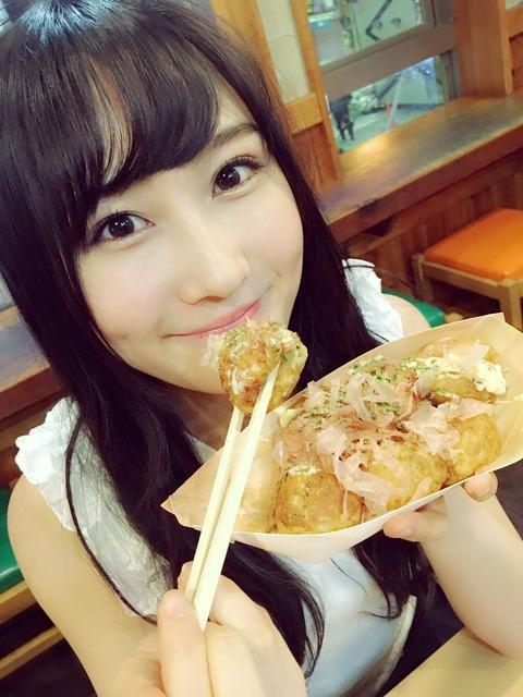 【AKB48】野村奈央「たこ焼きに青のりかけないよ(笑)」←普通かけるよな?