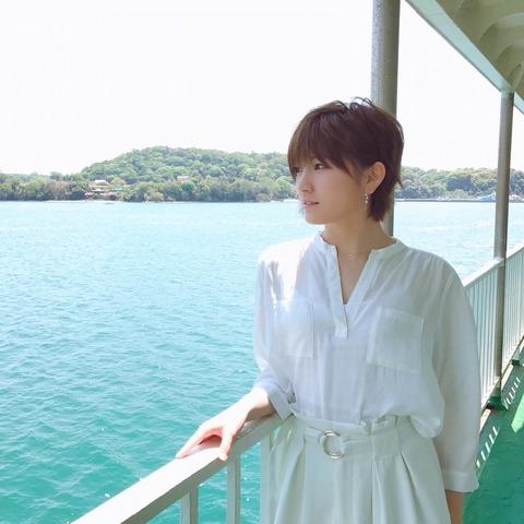 【STU48】肉食センター瀧野由美子、舞台裏でも岡田奈々に猛アタックwww