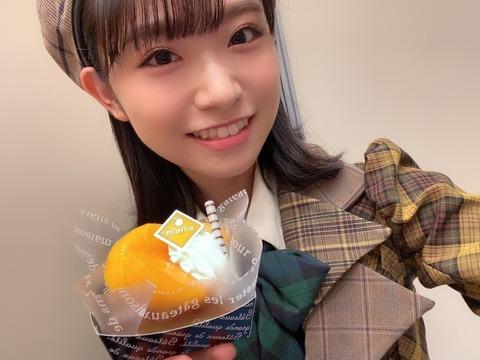 【AKB48】山内瑞葵ちゃん「服のボタンが一個ずつずれてることにたった今気付きましたっ」